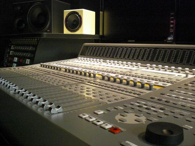 hlltwze_Studio2