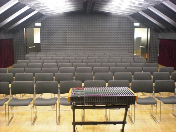 jatwdln_Auditorium 3