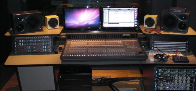 hlltwze_Studio1